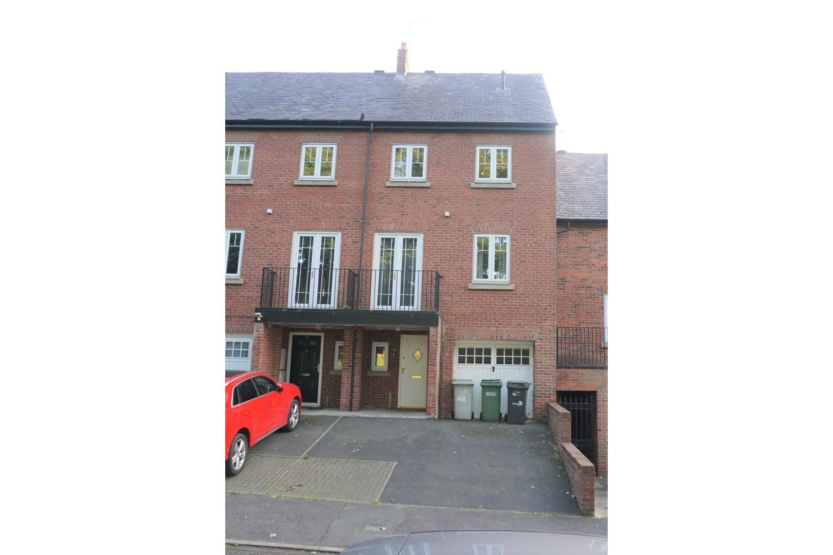4 bedroom town house