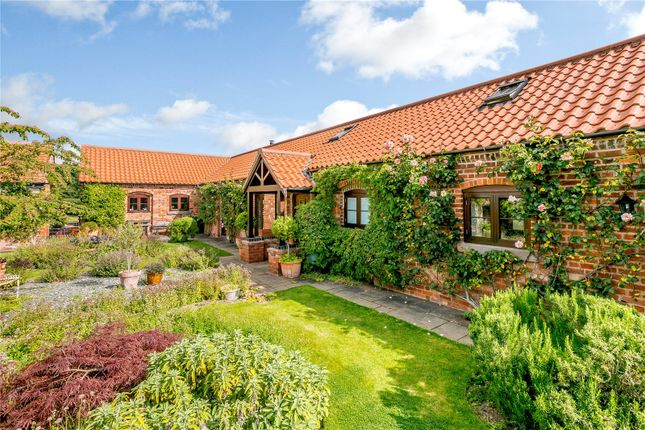 4 bed equestrian property